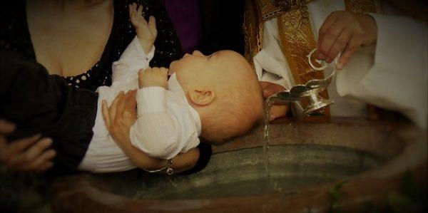 10 cosas que debes planificar para tu bautizo