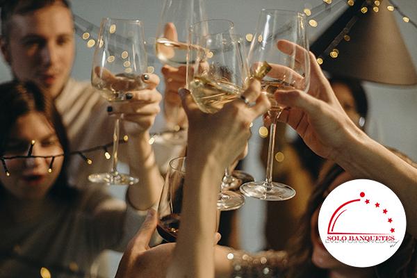 ¡Organizar un evento corporativo de fin de año inolvidable!